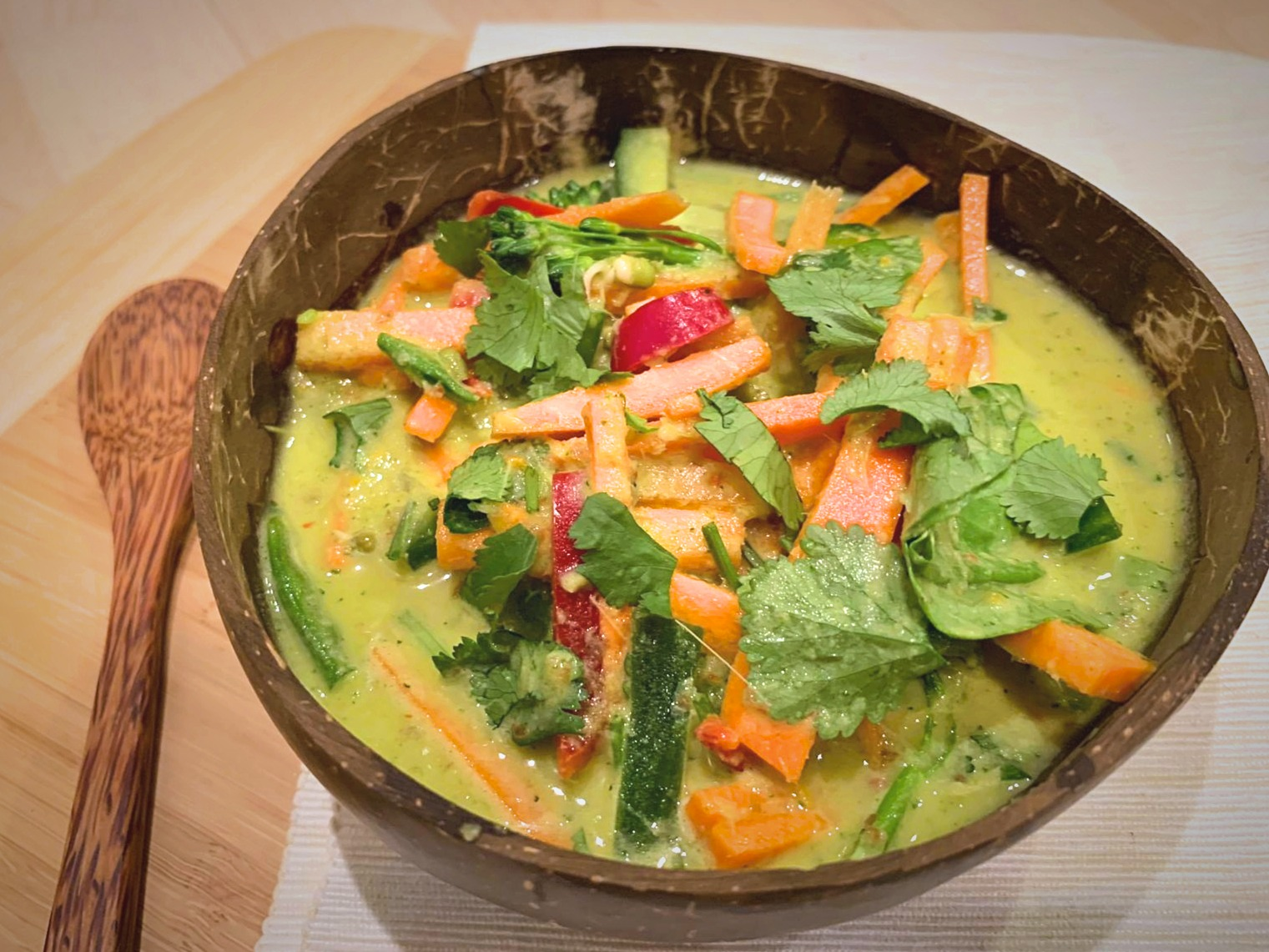 Raw Vegan Thai Green Curry • Vegan Experiments